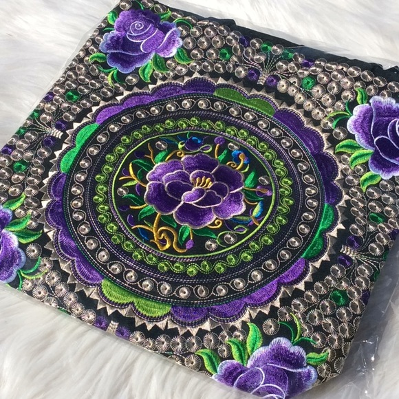 """Handbags - Embroidered on canvas tote bags 12"""" x 15"""""""